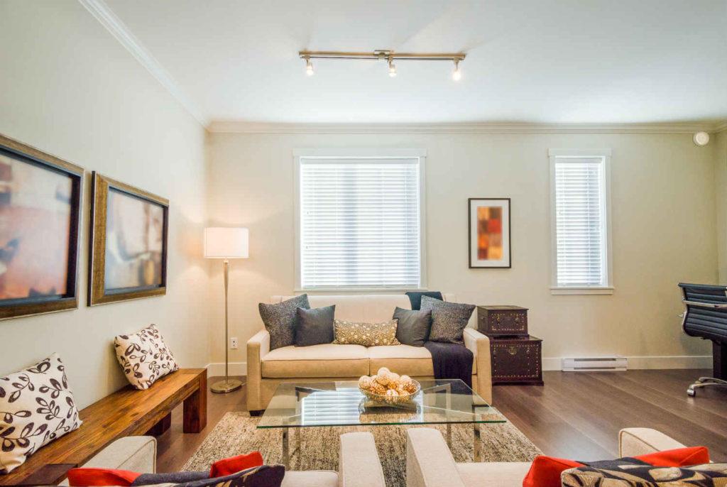 Iluminaci n de acento para la decoraci n de interiores - Focos para salon ...