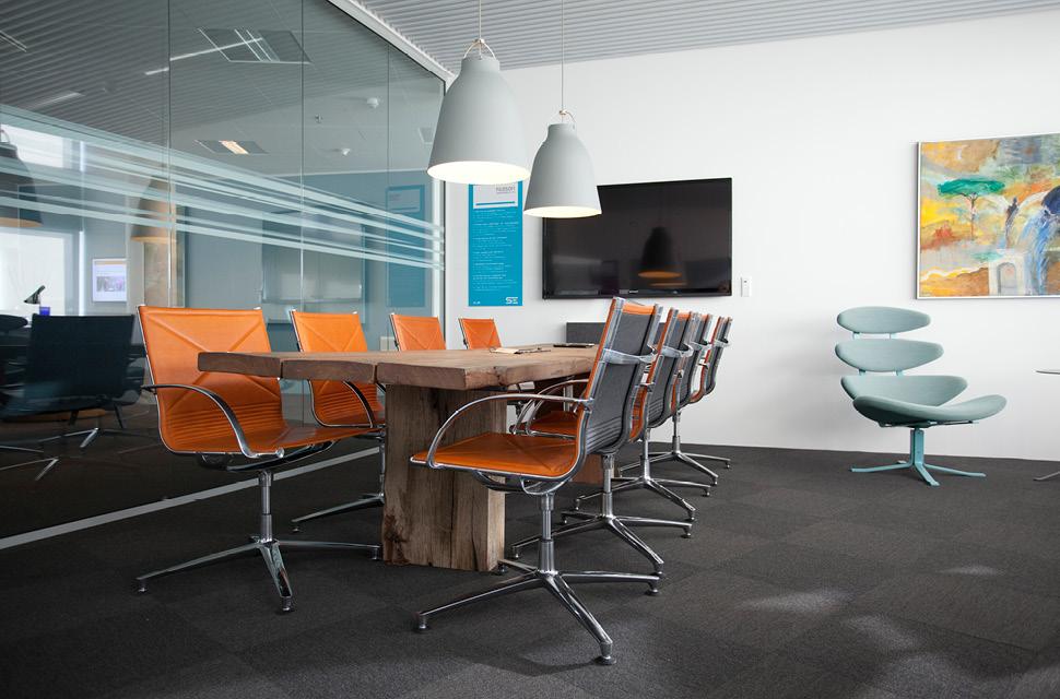 Iluminaci n led en oficinas ilutec for Iluminacion led oficinas