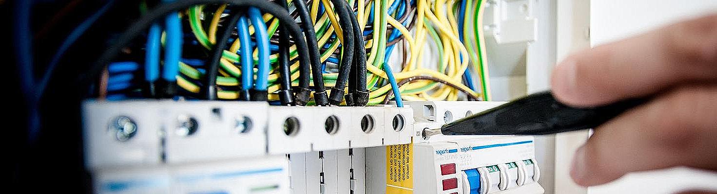 Cores dos cabos elétricos
