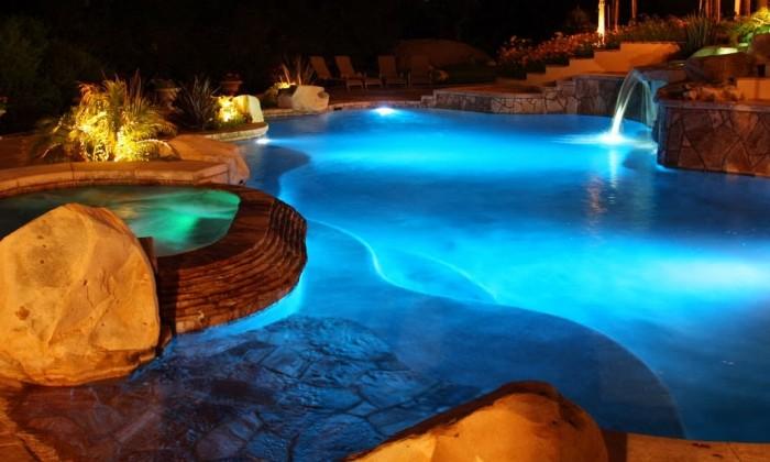 Iluminacion LED para piscinas