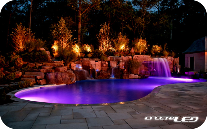 Ambientes con iluminaci n led efectoled for Iluminacion piscinas
